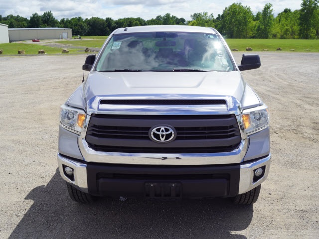 2014 Tundra Crew Cab 4x4, Pickup #1574P - photo 5