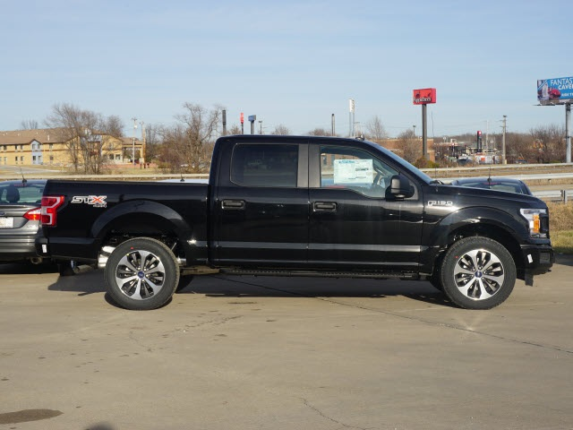 2020 Ford F-150 SuperCrew Cab 4x4, Pickup #20160 - photo 3