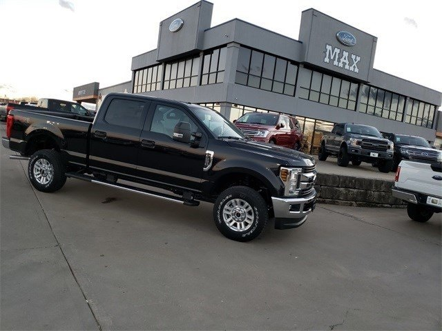 2019 F-250 Crew Cab 4x4,  Pickup #90467 - photo 1