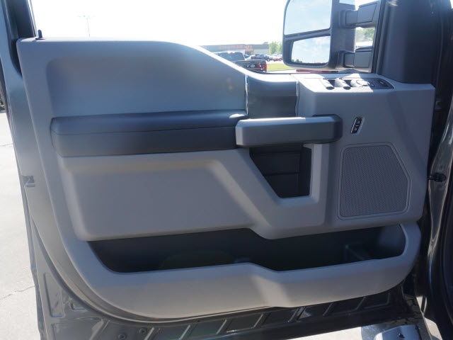 2019 F-350 Crew Cab 4x4,  Pickup #90738 - photo 5