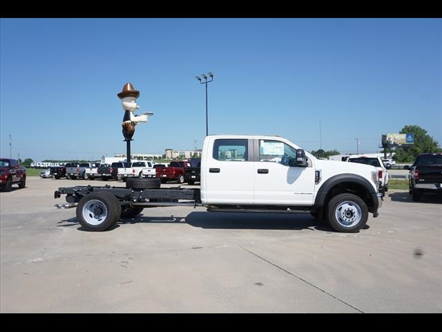 2019 F-550 Crew Cab DRW 4x4,  Cab Chassis #90841 - photo 3