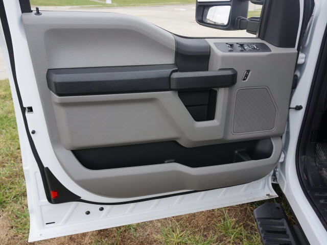 2019 F-250 Super Cab 4x4, Reading Service Body #90897 - photo 7