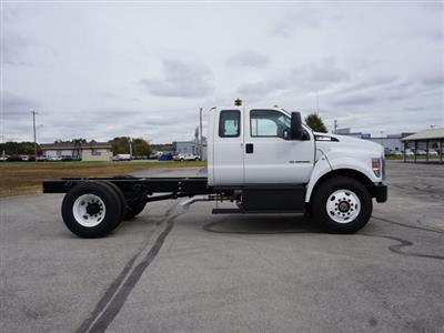 2019 F-750 Super Cab DRW 4x2, Cab Chassis #91008 - photo 3