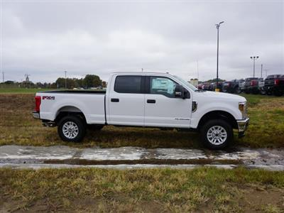 2019 F-250 Crew Cab 4x4, Pickup #91101 - photo 3