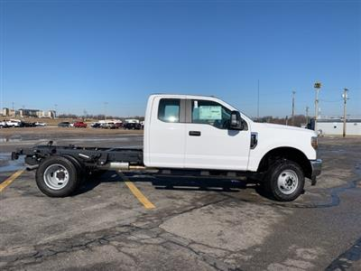 2019 F-350 Super Cab DRW 4x4, Cab Chassis #91194 - photo 2