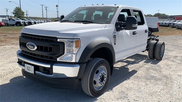 2020 Ford F-550 Crew Cab DRW 4x4, Cab Chassis #F201117 - photo 4