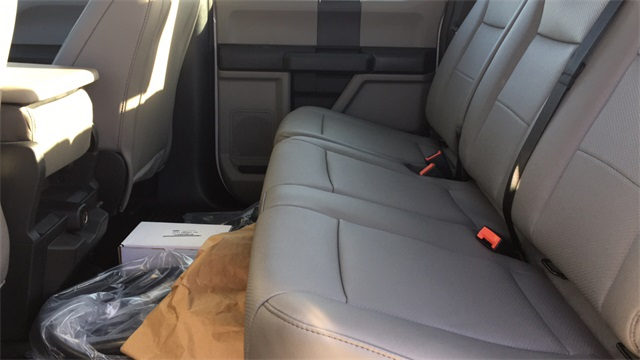 2020 Ford F-550 Crew Cab DRW 4x4, Cab Chassis #F201120 - photo 11