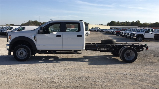 2020 Ford F-550 Crew Cab DRW 4x4, Cab Chassis #F201120 - photo 5