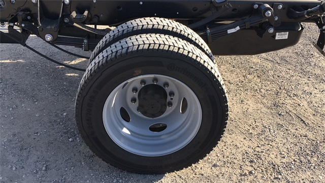 2020 Ford F-550 Crew Cab DRW 4x4, Cab Chassis #F201120 - photo 7