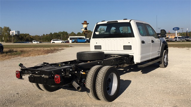 2020 Ford F-550 Crew Cab DRW 4x4, Cab Chassis #F201120 - photo 2