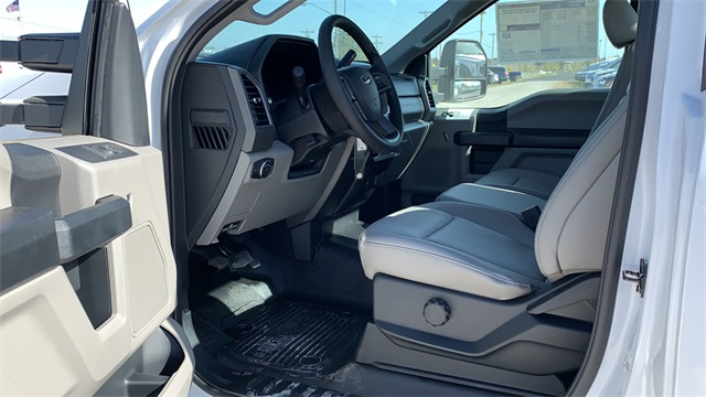 2020 Ford F-550 Regular Cab DRW 4x4, Cab Chassis #F201136 - photo 22