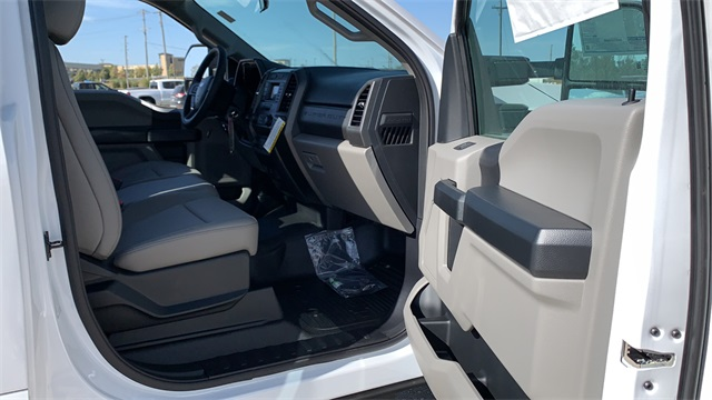 2020 Ford F-550 Regular Cab DRW 4x4, Cab Chassis #F201136 - photo 24