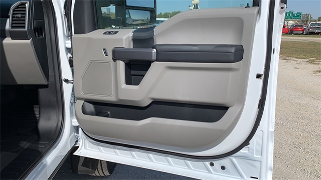 2020 Ford F-450 Regular Cab DRW 4x4, Cab Chassis #F201221 - photo 24
