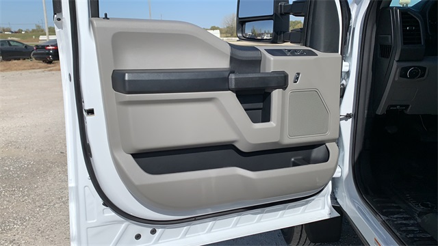 2020 Ford F-550 Regular Cab DRW 4x4, Cab Chassis #F201237 - photo 11