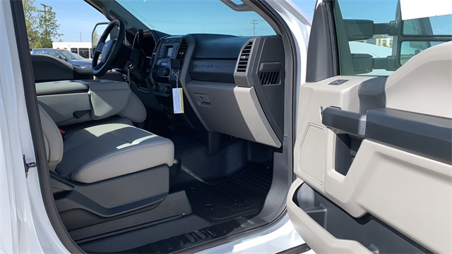 2020 Ford F-550 Regular Cab DRW 4x4, Cab Chassis #F201237 - photo 24
