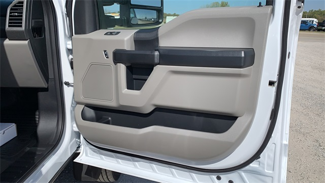 2020 Ford F-450 Regular Cab DRW 4x4, Cab Chassis #F201240 - photo 23