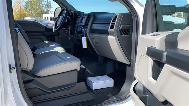 2020 Ford F-450 Regular Cab DRW 4x4, Cab Chassis #F201240 - photo 24