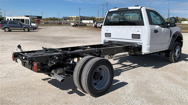 2020 Ford F-450 Regular Cab DRW 4x2, Cab Chassis #F201242 - photo 2