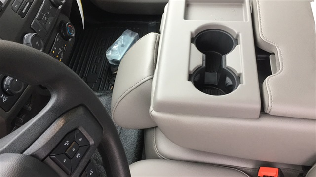 2020 Ford F-250 Super Cab 4x4, Reading SL Service Body #F201292 - photo 29