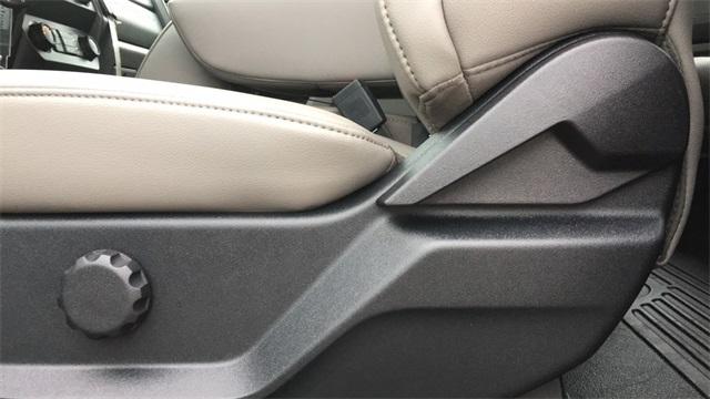 2020 Ford F-250 Super Cab 4x4, Reading SL Service Body #F201292 - photo 30