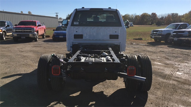 2020 Ford F-550 Regular Cab DRW 4x4, Cab Chassis #F201305 - photo 9