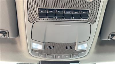 2020 Ford F-550 Crew Cab DRW 4x4, CM Truck Beds RD Model Platform Body #F201333 - photo 30
