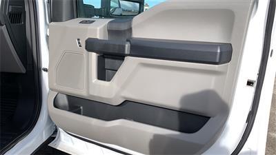 2020 Ford F-550 Crew Cab DRW 4x4, CM Truck Beds RD Model Platform Body #F201333 - photo 32