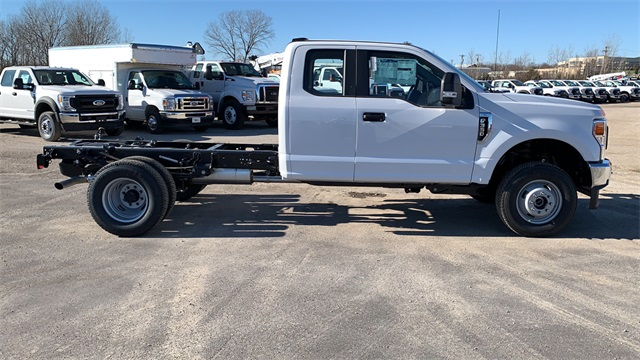 2020 Ford F-350 Super Cab DRW 4x4, Cab Chassis #F201389 - photo 9