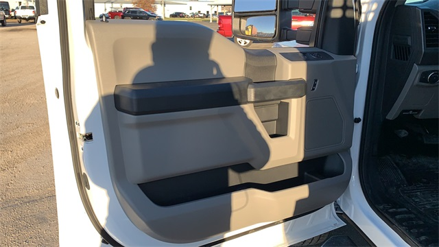2020 Ford F-350 Regular Cab DRW 4x4, CM Truck Beds PL Model Platform Body #F201555 - photo 24