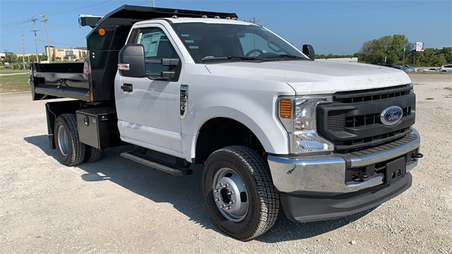 2020 Ford F-350 Regular Cab DRW 4x4, Monroe Dump Body #F20626 - photo 1