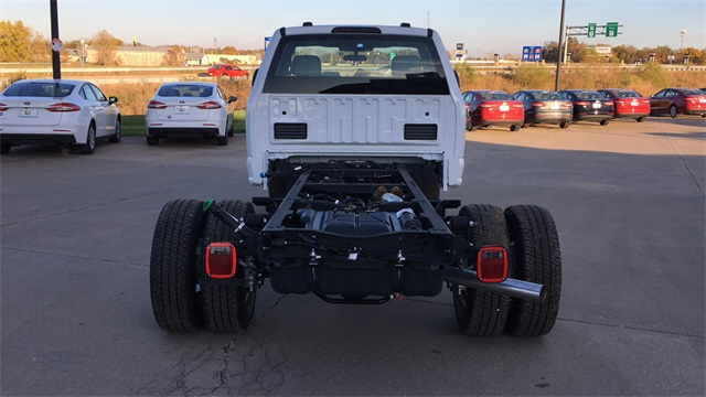2020 Ford F-350 Regular Cab DRW 4x4, Cab Chassis #F20758 - photo 8