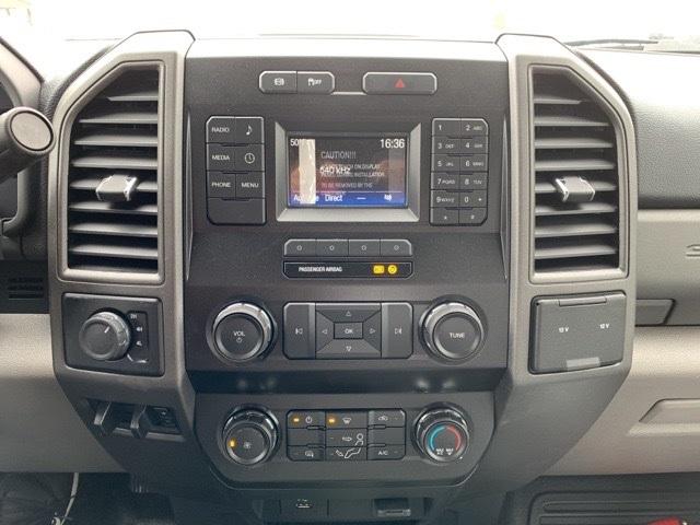 2019 F-550 Super Cab DRW 4x4, Knapheide PGNB Gooseneck Platform Body #F91330 - photo 11