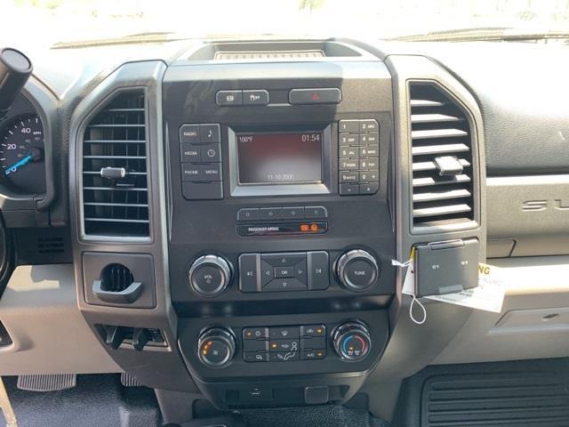 2019 Ford F-550 Crew Cab DRW 4x4, Knapheide PGNB Gooseneck Platform Body #F91442 - photo 16