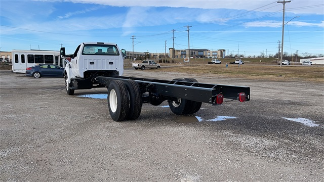 2021 Ford F-650 Regular Cab DRW 4x2, Cab Chassis #FH21104 - photo 7