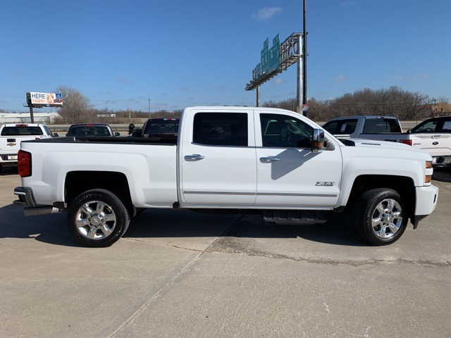 2019 Silverado 2500 Crew Cab 4x4, Pickup #R1874A - photo 8