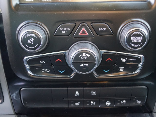2014 Ram 1500 Crew Cab 4x2, Pickup #T1821 - photo 15