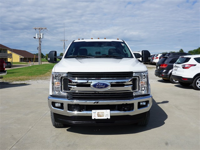 2019 F-350 Crew Cab DRW 4x4, Pickup #T1806 - photo 4