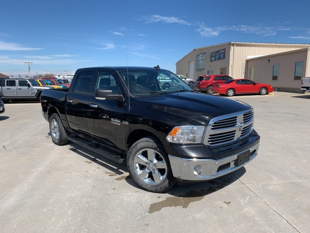 2017 Ram 1500 Crew Cab 4x4, Pickup #40795A - photo 1