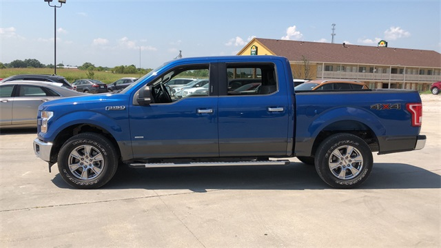 2017 Ford F-150 SuperCrew Cab 4x4, Pickup #10374P - photo 2