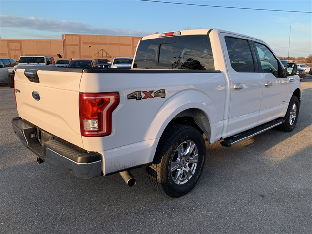 2017 Ford F-150 SuperCrew Cab 4x4, Pickup #10507P - photo 2