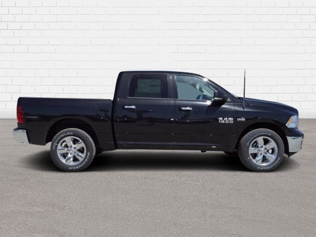 2018 Ram 1500 Crew Cab 4x4,  Pickup #30240 - photo 3