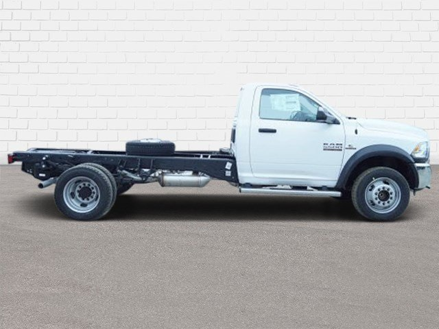 2018 Ram 5500 Regular Cab DRW 4x2,  Cab Chassis #30579 - photo 3