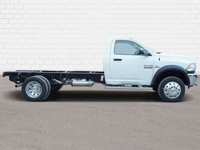 2018 Ram 5500 Regular Cab DRW 4x2,  Cab Chassis #30582 - photo 3