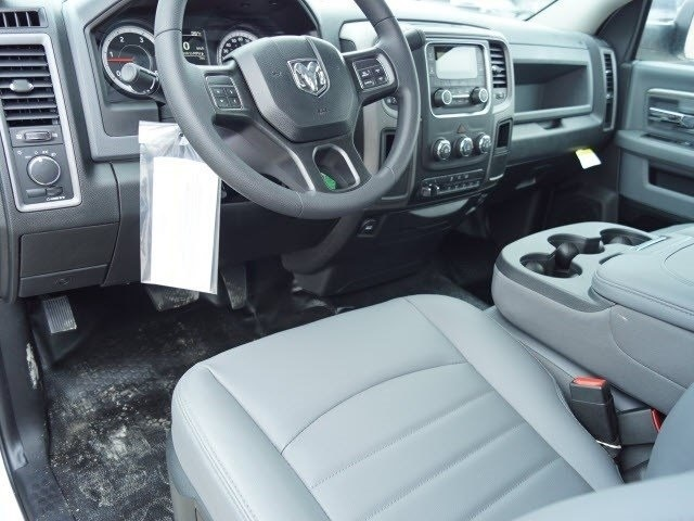 2018 Ram 5500 Regular Cab DRW 4x2,  Cab Chassis #30582 - photo 7