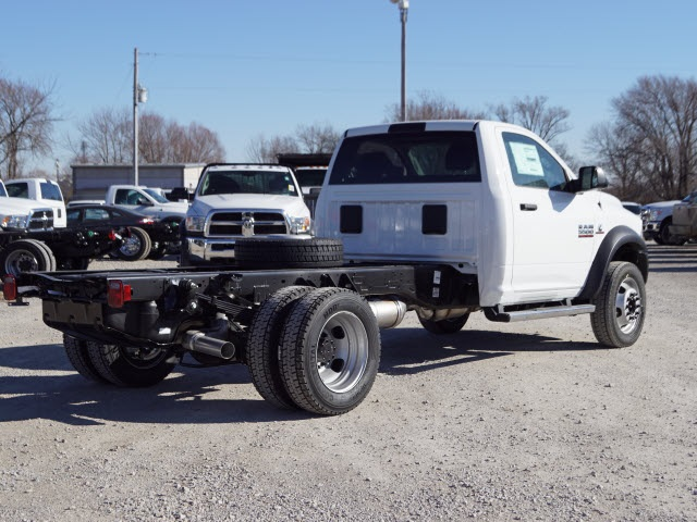 2018 Ram 5500 Regular Cab DRW 4x2,  Cab Chassis #30611 - photo 2