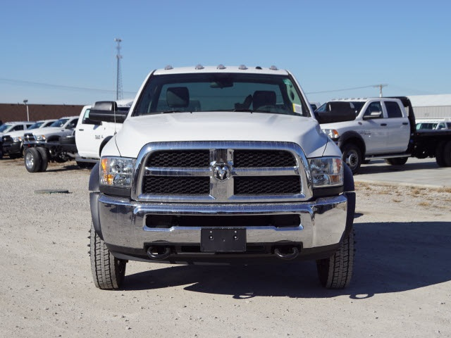 2018 Ram 5500 Regular Cab DRW 4x2,  Cab Chassis #30611 - photo 5