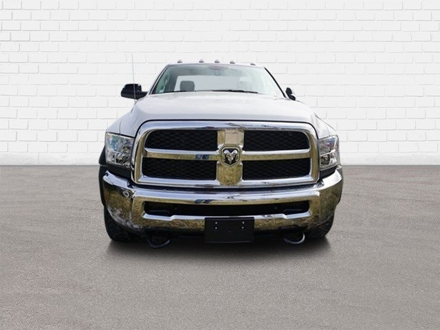 2018 Ram 5500 Regular Cab DRW 4x2,  Cab Chassis #30613 - photo 3