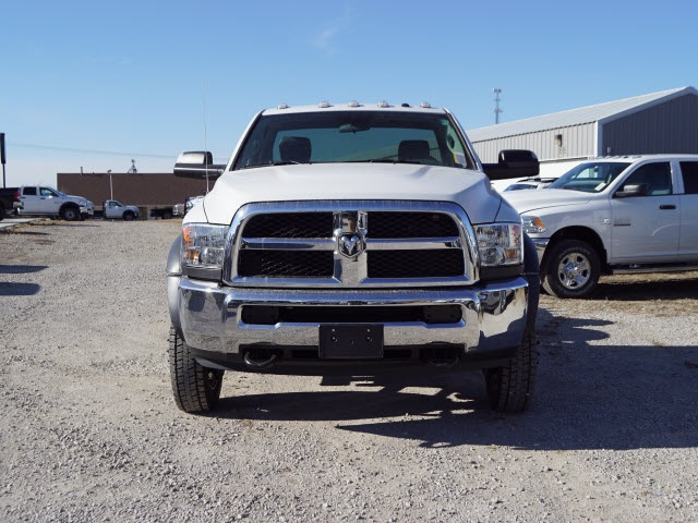 2018 Ram 5500 Regular Cab DRW 4x4,  Cab Chassis #30626 - photo 5