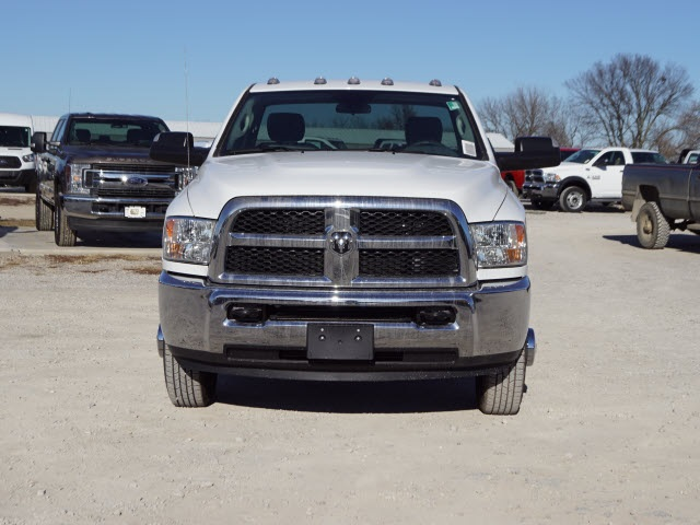 2018 Ram 3500 Regular Cab DRW 4x4,  Cab Chassis #30630 - photo 5