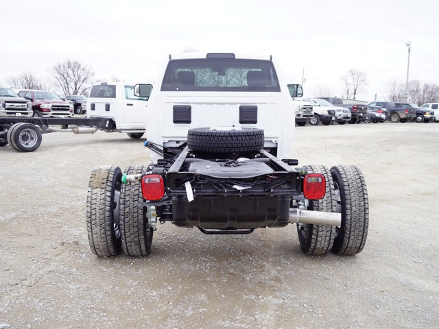 2018 Ram 5500 Regular Cab DRW 4x4,  Cab Chassis #30655 - photo 4